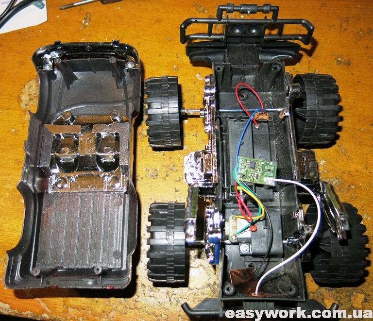 Внутреннее устройство машинки YLI-12-1023-1