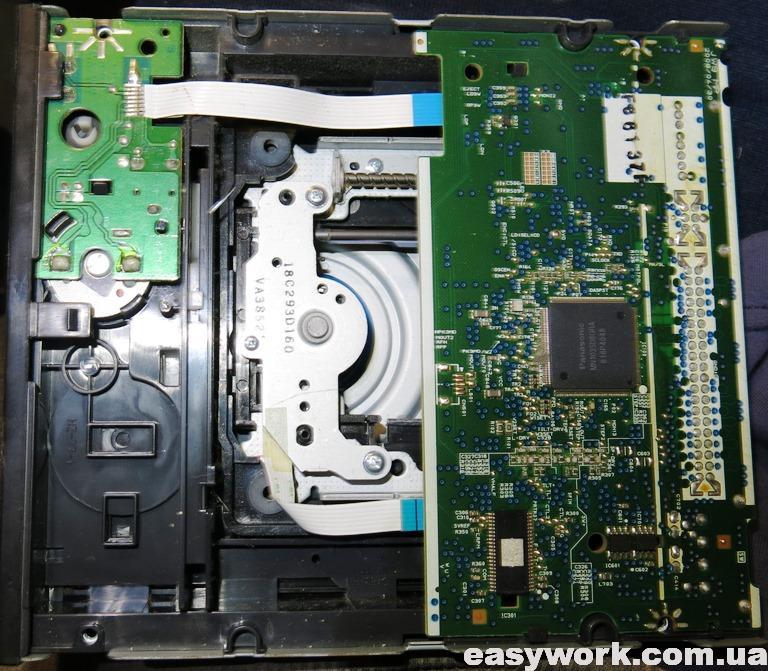 Внутреннее устройство привода DVD-RW LG GH22NP20
