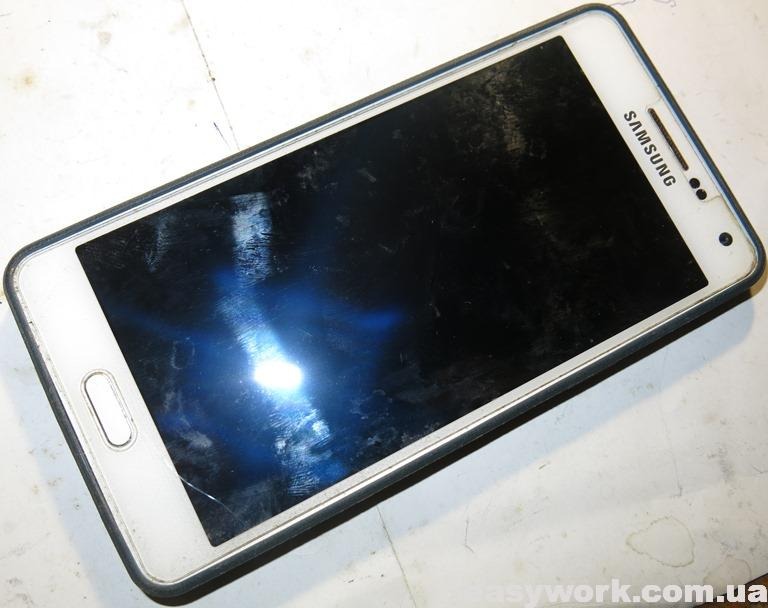 Смартфон SAMSUNG SM-A500FU