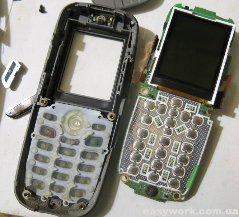 Внутреннее устройство телефона SAMSUNG X620 (фото 2)