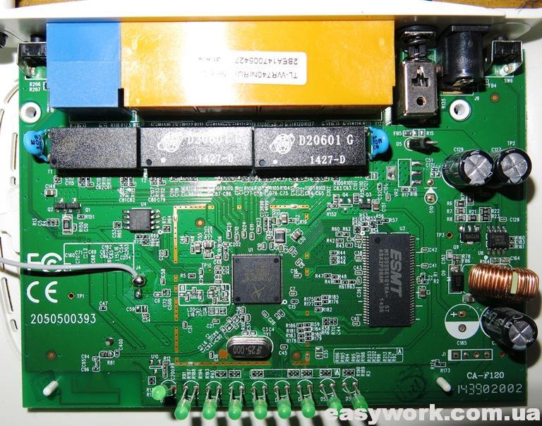 Внешний вид платы роутера TP-Link TL-WR740N