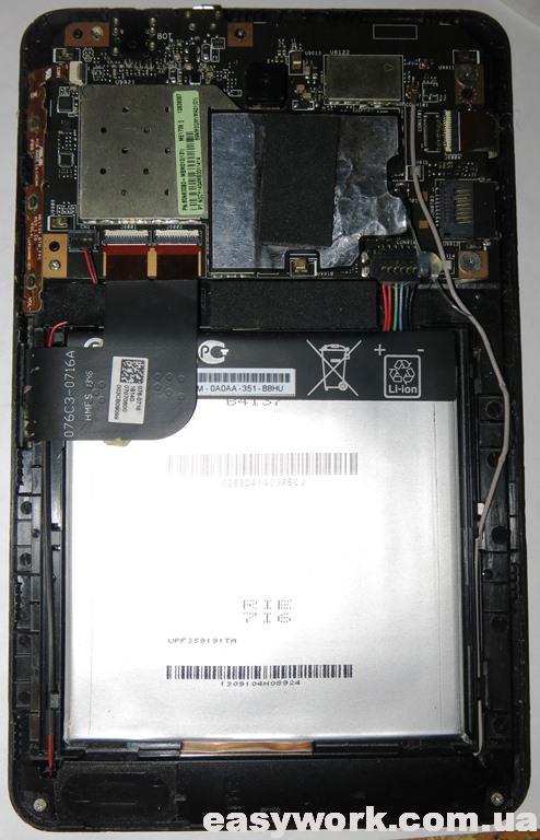 Внутреннее устройство планшета Asus Memo Pad HD 7 ME173X K00B