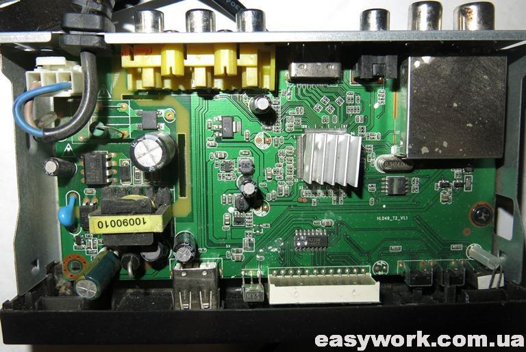 Внутреннее устройство Т2 приставки SELENGA HD860